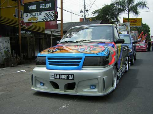 Modifikasi Mobil Pick Up L300