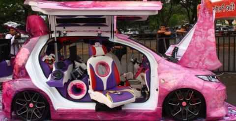 Modifikasi Daihatsu Xenia Pintu dan Warna