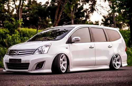 Modifikasi Nissan Grand Livina 4