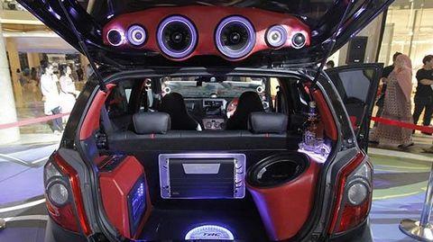 Modifikasi Mobil Agya Audio1