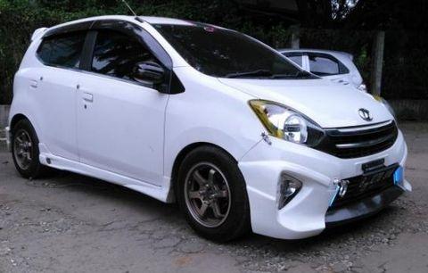 Modifikasi Mobil Agya Spoiler 2