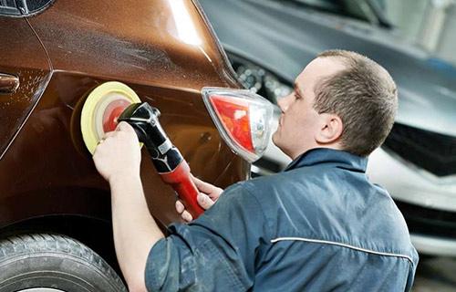 Menghilangkan Goresan Pada Mobil Dengan Amplas